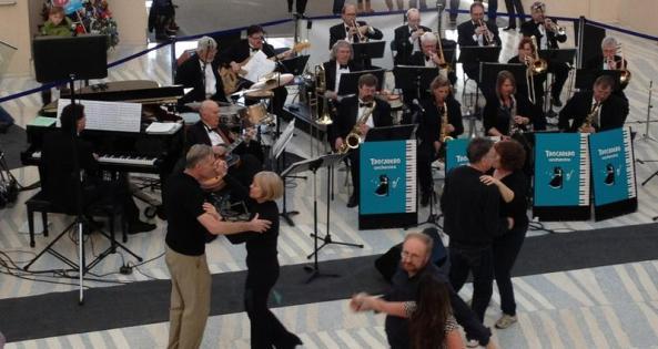 Swing dancing at City Hall