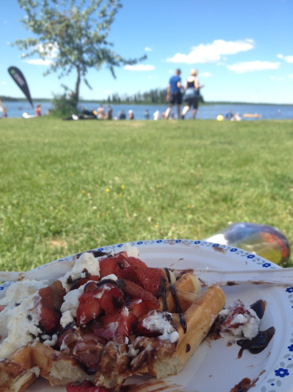 You can buy some delicious food to eat, during your visit to Edmonton Paddlefest.