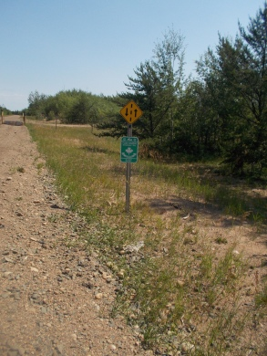 Plenty of trail markers, and there was an intersecting snowmobile trail