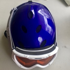 Helmet and goggles for skiing, skating and sledding in the winter